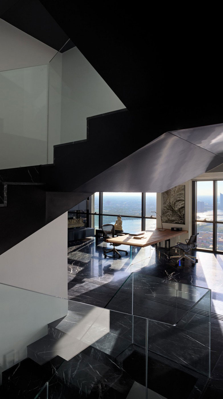 The luxurious PANO penthouse, designed by Ayutt and his staff 5 The luxurious PANO penthouse, designed by Ayutt and his staff