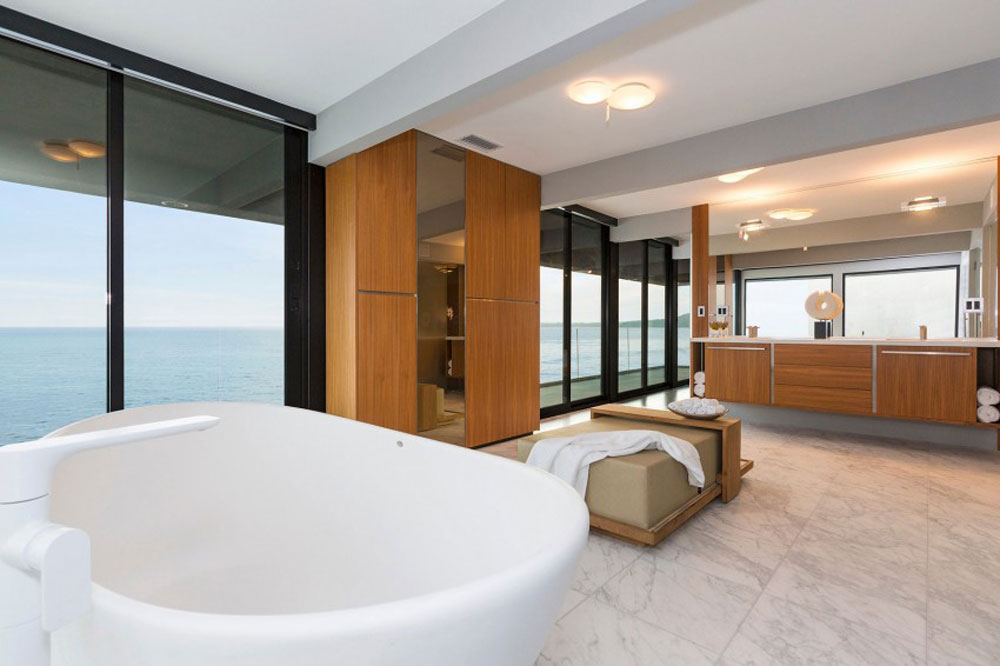 Contemporary home in Malibu with great views of the ocean 12 Contemporary home in Malibu with great views of the ocean