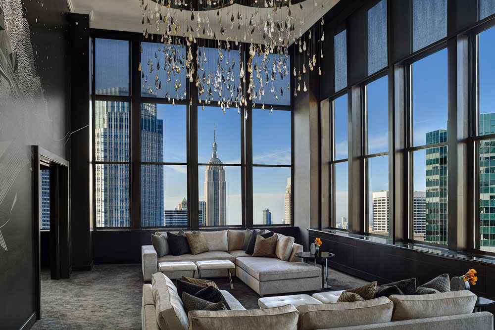 New York-interior-design-living-room-examples-with-sleek-modern-looks-3 New York interior-design-living room examples with sleek, modern looks
