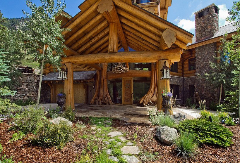 A-Cozy-and-natural-log-house-designed-by-Kathy-Scott-111 A cozy and natural log-house