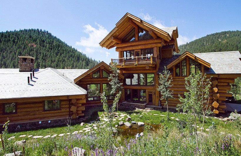 A-Cozy-and-natural-log-house-designed-by-Kathy-Scott-51 A cozy and natural log-house