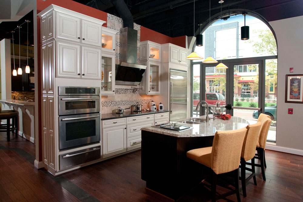 Sympathetic kitchen and dining room combinations-3 Sympathetic kitchen and dining room combinations