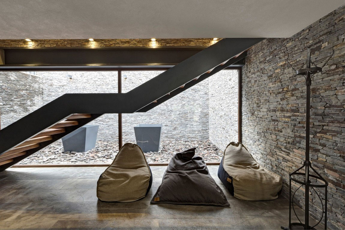 Beautiful Casa-MM-with-a-contemporary-design-created-by-Elias-Rizo-Arquitectos-15 Beautiful Casa-MM with a contemporary design created by Elias Rizo Arquitectos