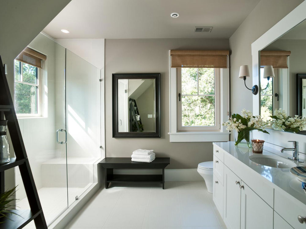 Creating a White Bathroom Interior Design 4 Creating a White Bathroom Interior Design