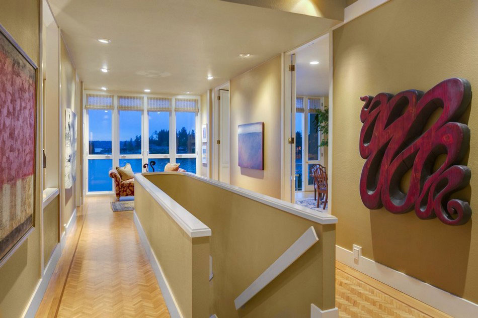 This house located at 355 Shoreland Drive is a picture of Luxury 5 This house located at 355 Shoreland Drive is a picture of Luxury