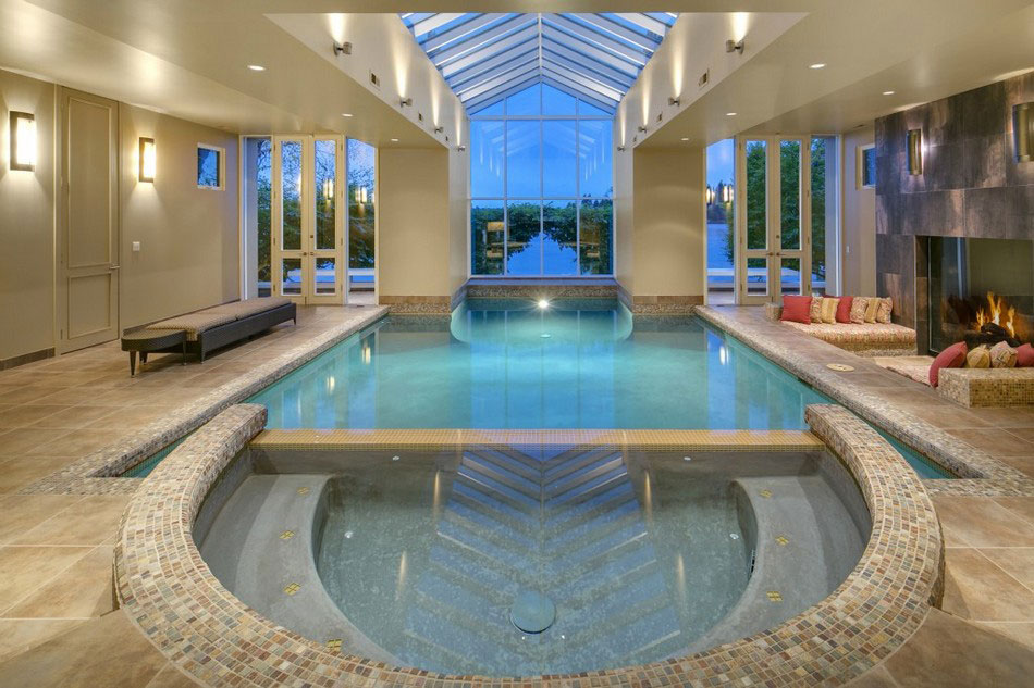 This house at 355 Shoreland Drive is a picture of luxury 13 This house at 355 Shoreland Drive is a picture of luxury
