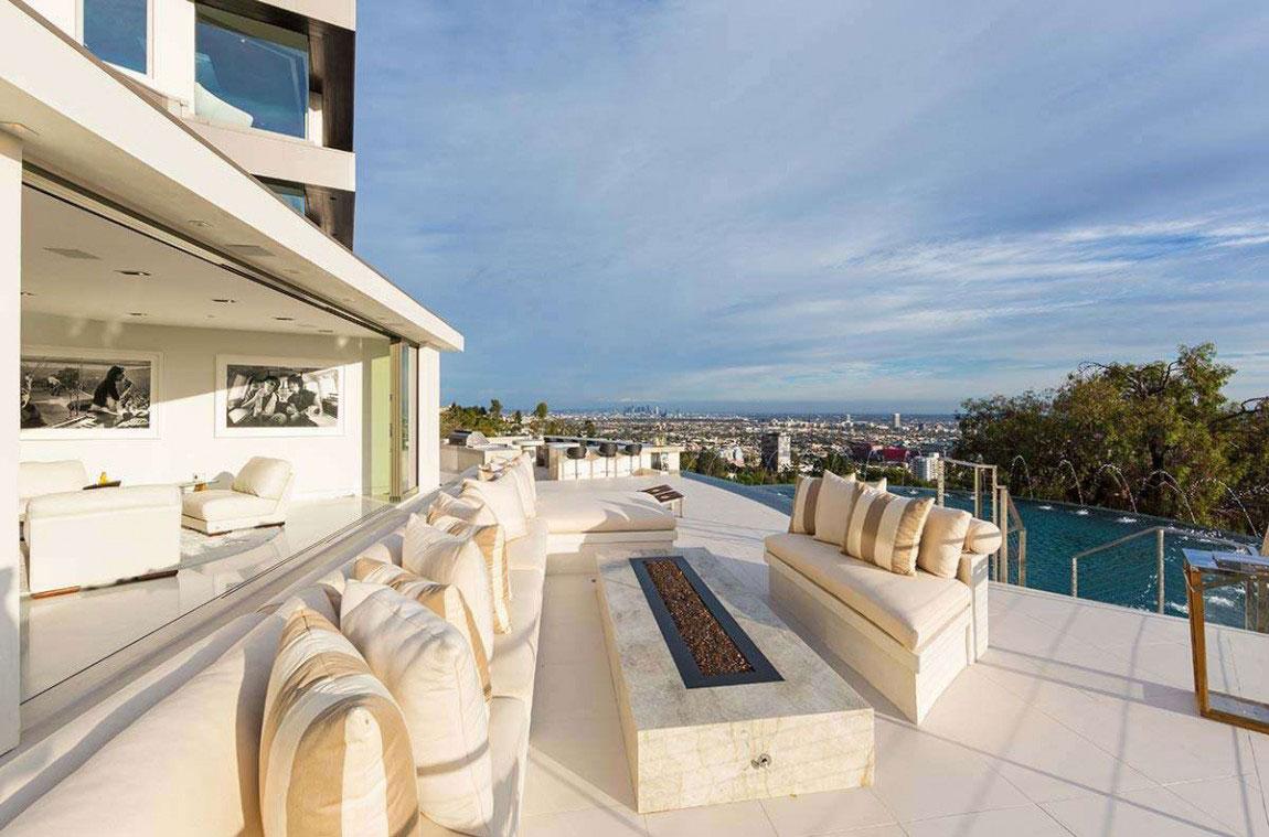 A-Modern-Dream-Home-In-California-With-Breathtaking-Views-3 A Modern Dream Home In California With Breathtaking Views