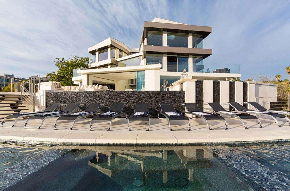 A-Modern-Dream-Home-In-California-With-Breathtaking-Views-2 A Modern Dream Home In California With Breathtaking Views