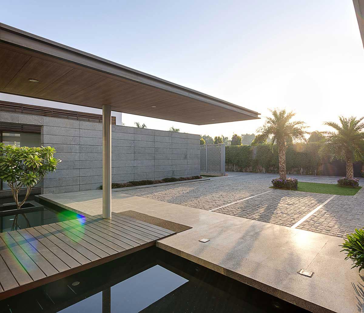 Luxurious center-court-villa-designed by-DADA-partners-2 Luxurious center-court-villa designed by-DADA-partners