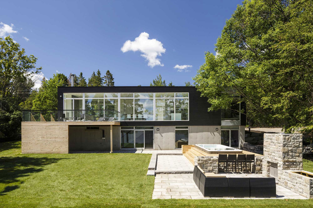 Dunrobin Shore by Christopher Simmonds Architect Check out these Canadian architectural examples