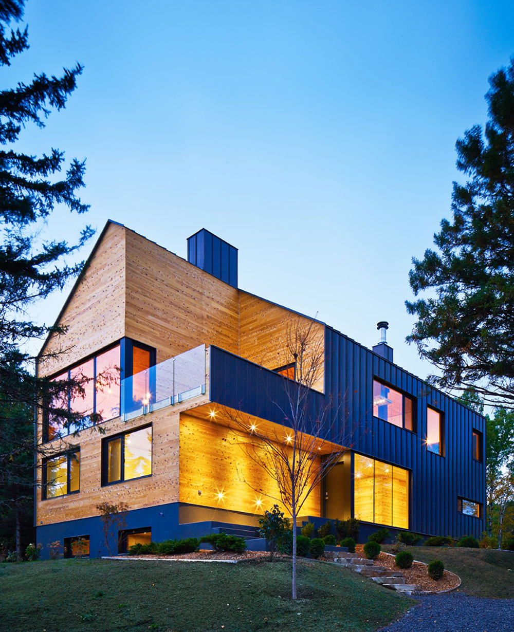 Malbaie-VIII-Residence-by-MU-Architecture Check out these Canadian architectural examples
