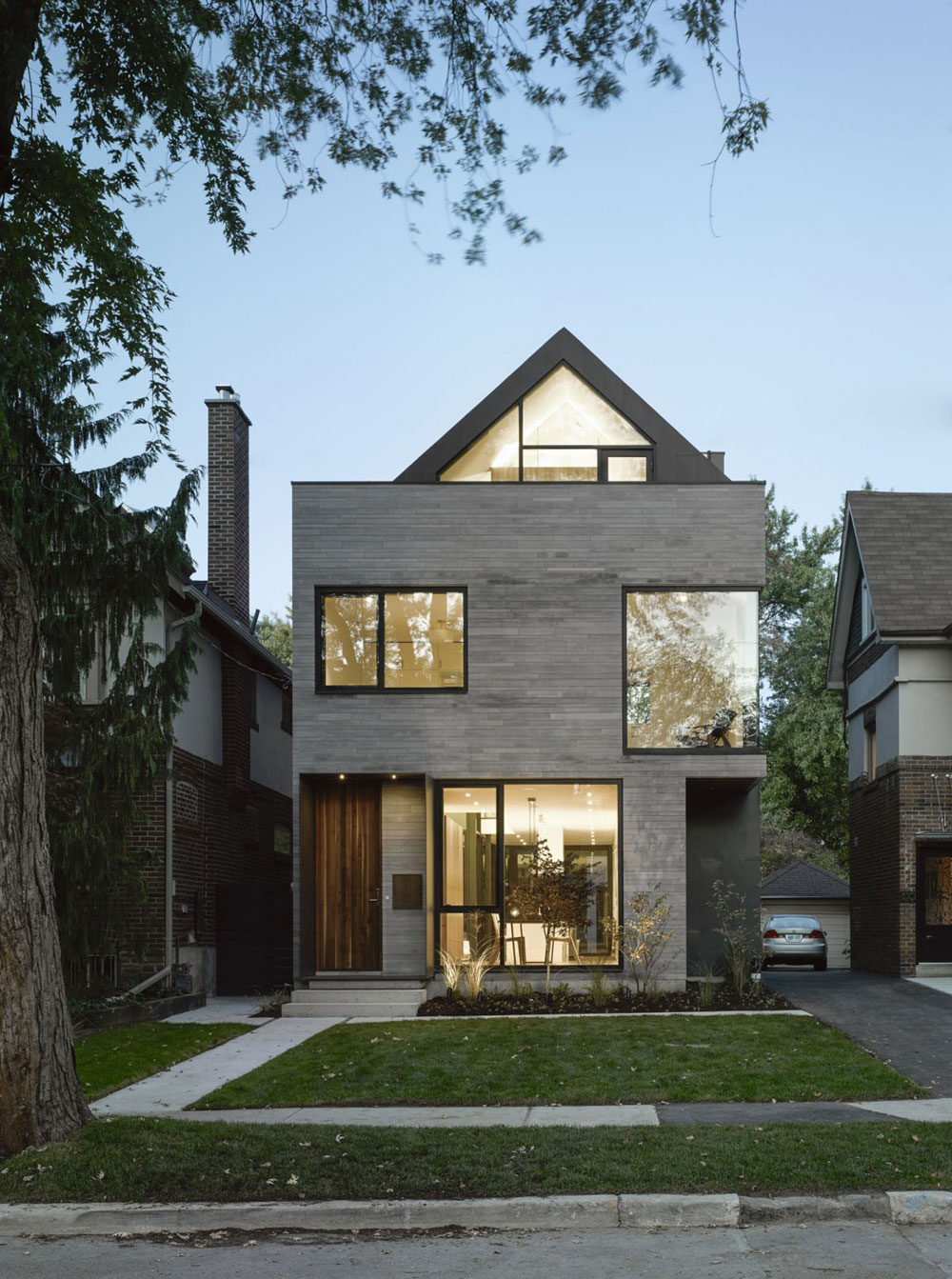 Moore-Park-Residence-von-Drew-Mandel-Architects Check out these Canadian architectural examples