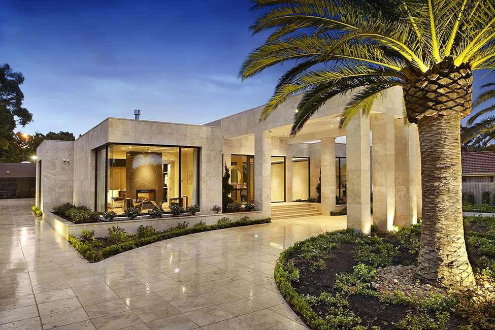 Shiny and beautiful luxury residence 3 Shiny and beautiful luxury residence designed by Bagnato Architects