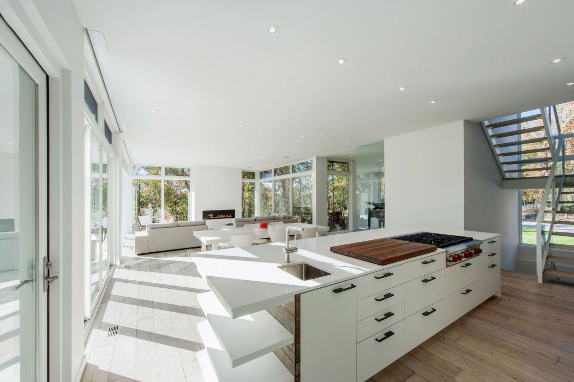 Modern-Canadian-Home-Designed-by-Christopher-10 Modern Canadian home Designed by Christopher Simmonds Architect