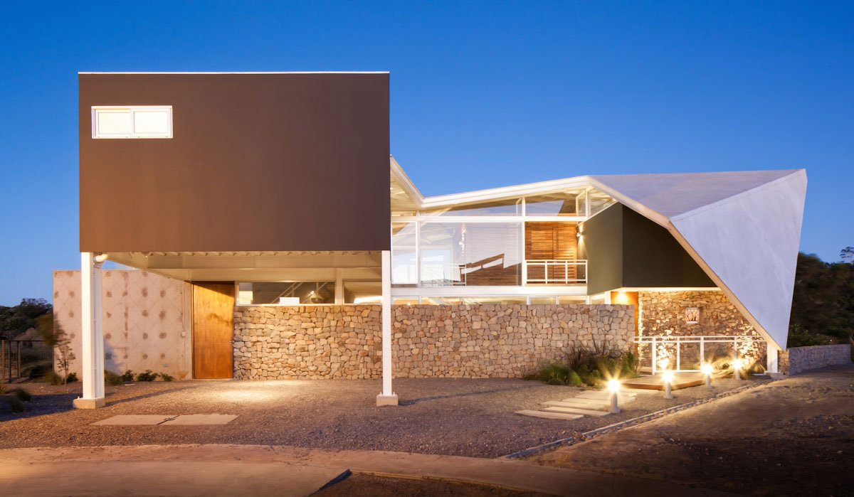 La Piscucha House by Cincopatasalgato House Architecture Gallery - great inspiration