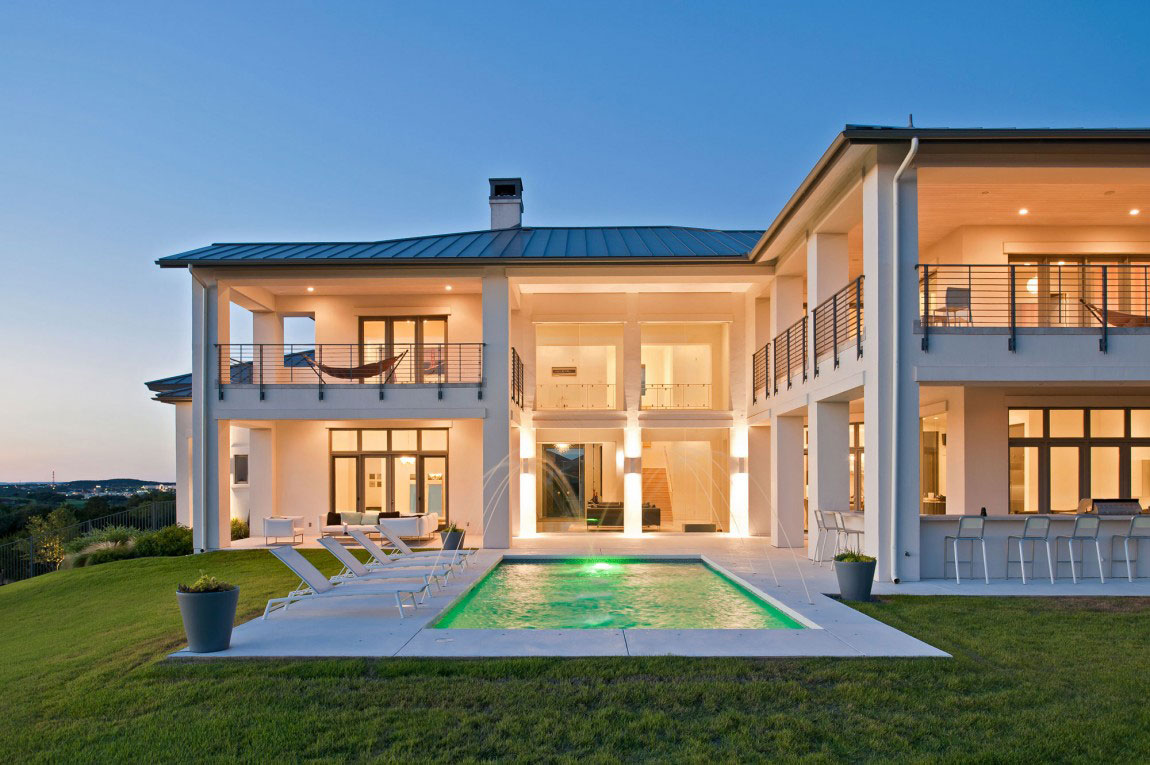Contemporary house with a modern country style 2 Contemporary house with a modern country style