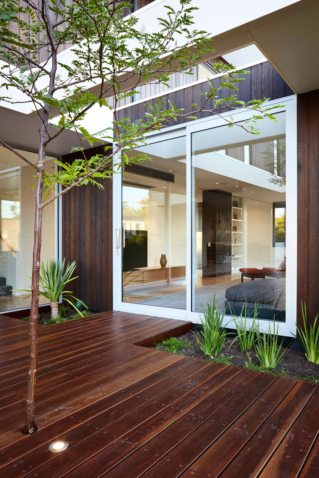 Modern house that is beautiful-2 Modern house that is beautiful both outside and inside