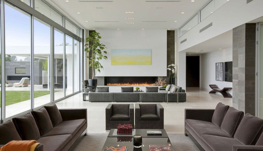 2 amazing pictures of living rooms with interesting interiors