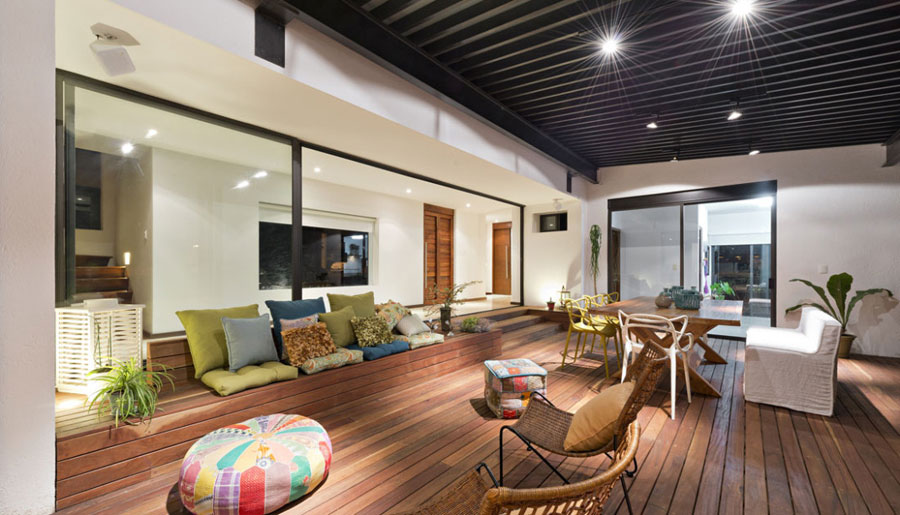 3 amazing pictures of living rooms with interesting interiors