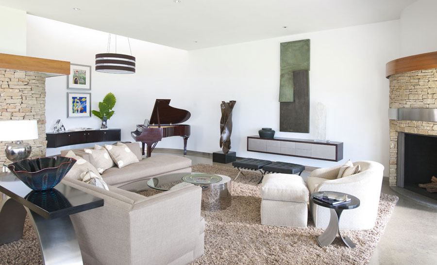 4 amazing pictures of living spaces with interesting interiors