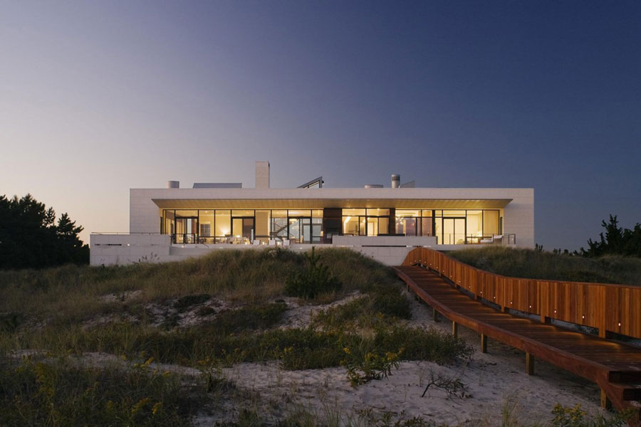 9 An architectural marvel of a modern home designed by Alexander Gorlin Architects