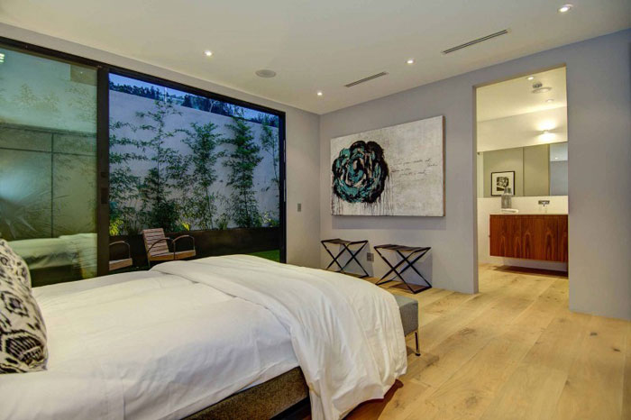 79966364767 Stunning Los Angeles Home with Great Views From La Kaza and Meridith Baer Home