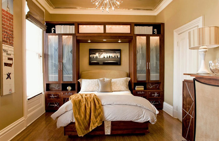 76955154447 Proof that a small bedroom interior can look great