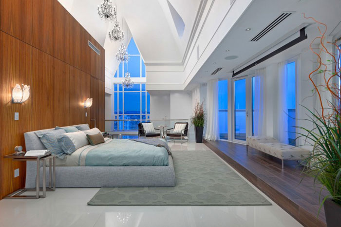 70488564448 The stunning Elysium Penthouse from Vancouver, Canada