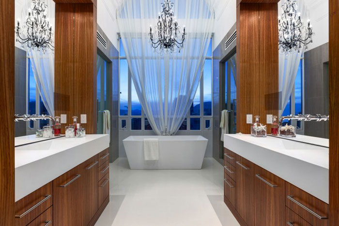 70488598618 The stunning Elysium Penthouse from Vancouver, Canada