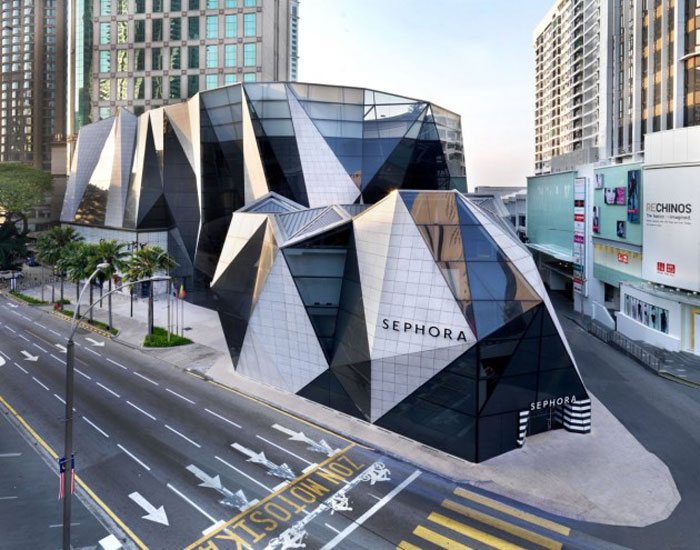 70388248776 Architecture that stands out - buildings with interesting shapes