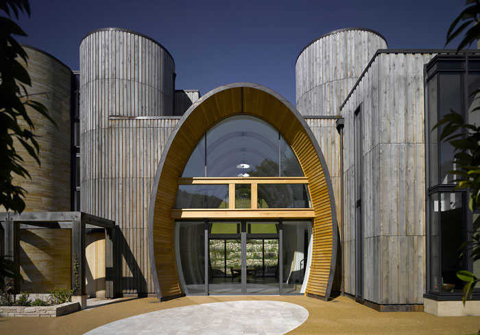 70388088646 Architecture that stands out - buildings with interesting shapes