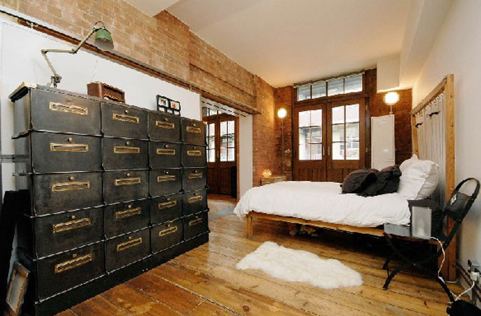 69800413346 Ideas for decorating your industrial style bedroom
