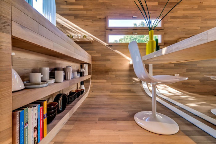 68262039988 Nice apartment in Tel Aviv with wooden elements
