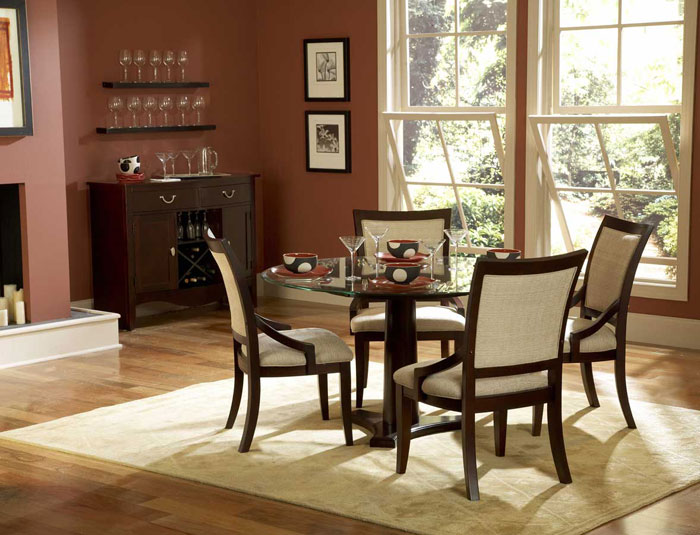 67958507806 Glass dining tables to add a contemporary touch to your interior design
