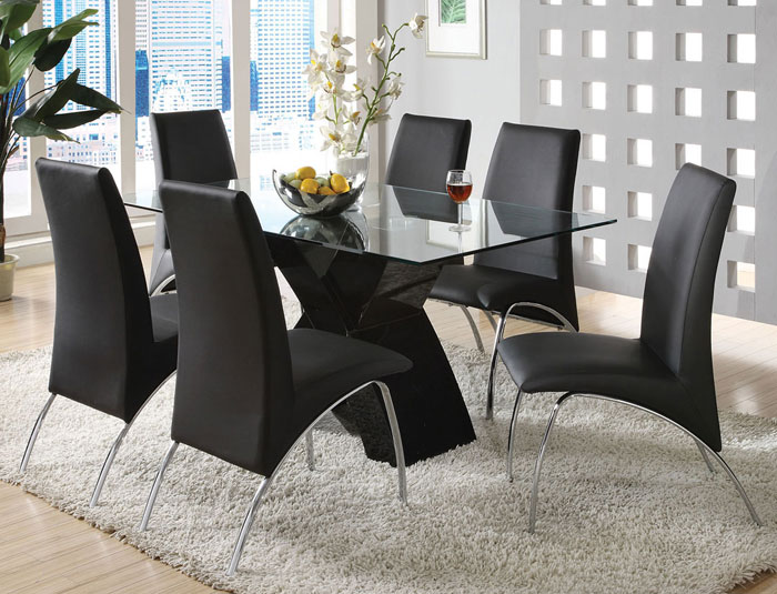 67958550844 Glass dining tables to add a contemporary touch to your interior