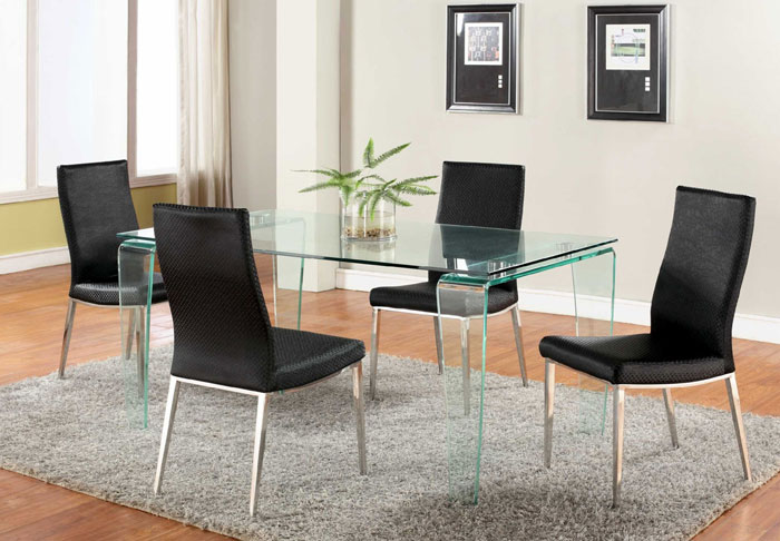 67958834909 Glass dining tables to add a contemporary touch to your interior