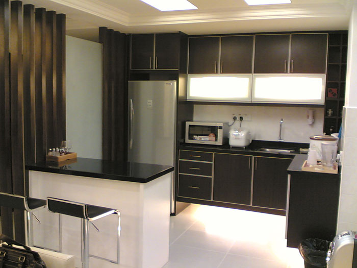 66498244523 Tips and suggestions for designing a small kitchen