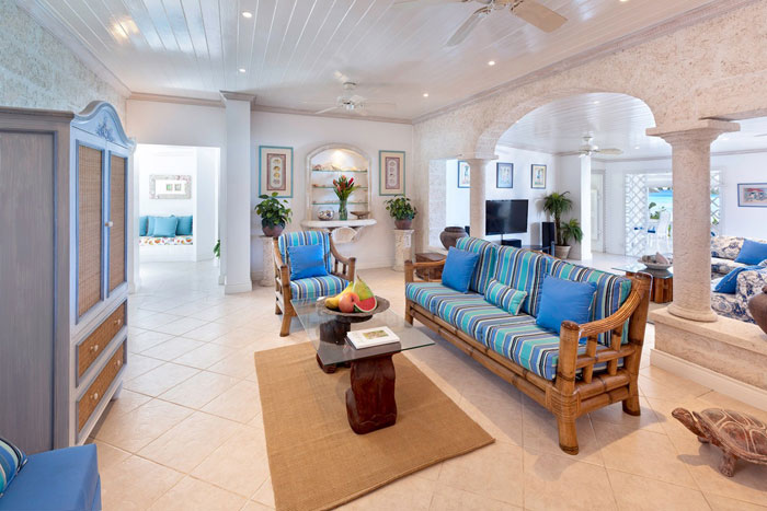 t4 Tropical living room designs from the corners of paradise