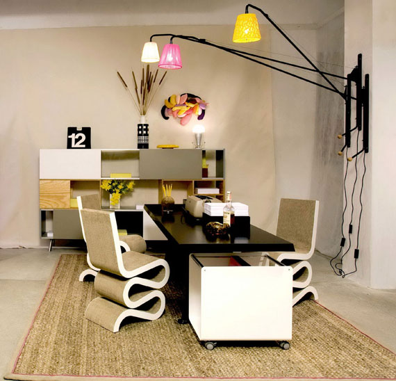 c4 Simple and elegant office furnishings with modern influences