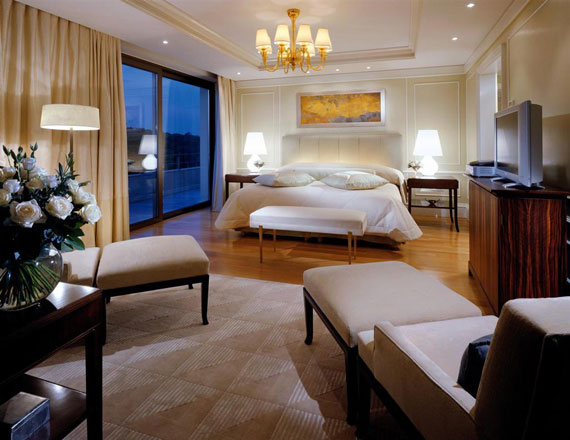 62995178635 Luxurious hotel rooms that will simply astonish you