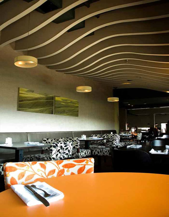 r17 Showcases of interior design of cafes and restaurants - 41 examples