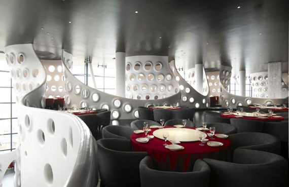 r15 Showcases for interior design of cafes and restaurants - 41 examples
