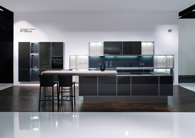b23 The unexpected stylish look of black kitchen designs