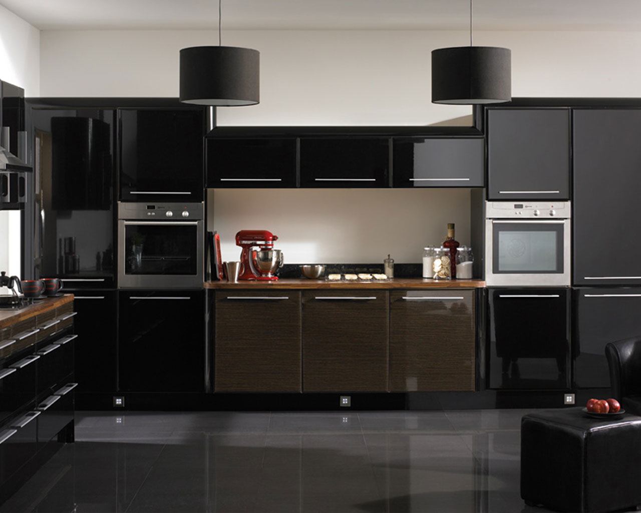 b33 The unexpected stylish look of black kitchen designs
