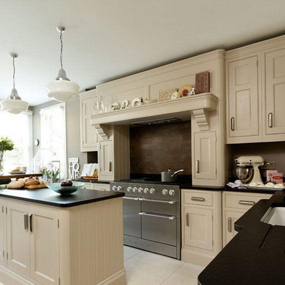 beige1 Are you thinking of painting your kitchen cabinets?  Here are some pro secrets that need to be considered