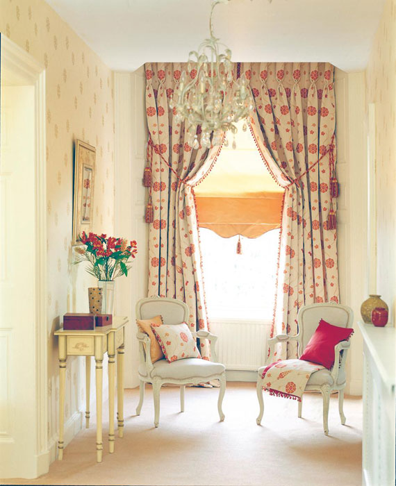Curtains1 secrets for creating a chic family room