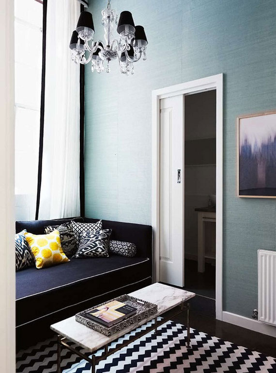 b12 Examples of living rooms decorated with blue