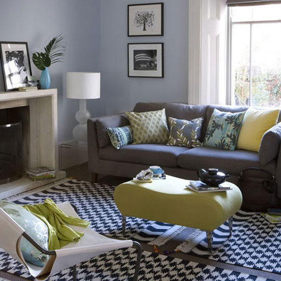 b16 Examples of living rooms decorated in blue