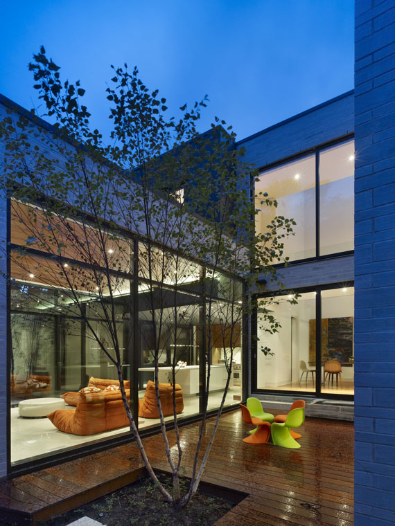 50421550828 Cedarvale House Designed by Drew Mandel Architects