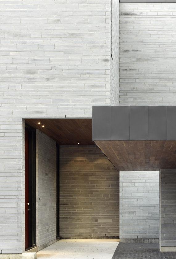 50421570712 Cedarvale House Designed by Drew Mandel Architects